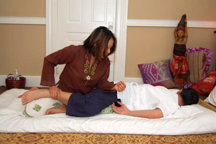 Cork Thai Massage Therapist Giving Thai Massage to Customer